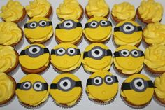 How to make Minion Cupcake Toppers • CakeJournal.com