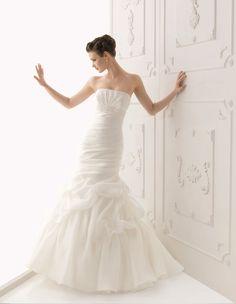 Glamorous Wedding Dresses 2012 with Lace Romantic Mikado silk by Alma Novia