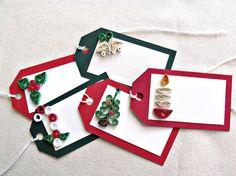 papel hecho a mano quilled etiquetas de regalo de Navidad – conjunto de cinco etiquetas rectangulares