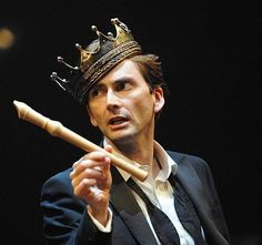 David Tennant as Hamlet so wanna see this. David Tennant Hamlet, Shakespeare Plays, Shakespeare Quotes, William Shakespeare, Fandom Crossover, Rose Tyler, Moriarty, Torchwood, Dr Who