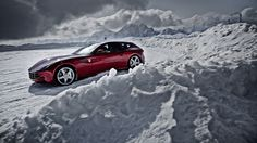 Ferrari FF http://www.autorevue.at/best_of_test/modellvorstellung/kann-denn-liebe-sunde-sein.html