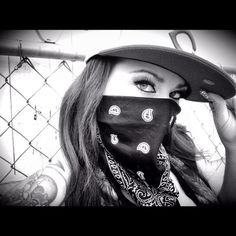 Gangsta B*
