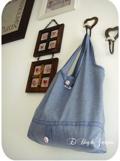 Cute eco-tote with decorative buttons tutorial Zara Home, Sewing Tutorials, Sewing Projects, Diy Projects, Cute Handbags, Craft Bags, Thing 1, Purse Patterns, Couture