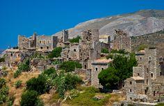 Řecko - věžové domy
