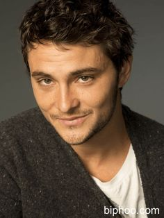 6 Unknown Facts You didn't Know About Shiloh Fernandez