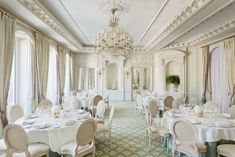 Cesar room at the Ritz Paris, perfect for cool and intimate summer weddings!