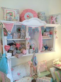 Lille Ting: Bilder vom Markt Shabby Chic, Craft Station, Sewing Studio, Küchen Design, Toddler Bed, Sweet Home, New Homes, Display, Vintage