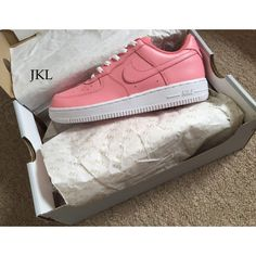 Pretty Pink Nike Air Force 1 Nike Air Force 1 Pink Petal Pink Nike... (2 715 ZAR) ❤ liked on Polyvore featuring shoes, grey, sneakers & athletic shoes, tie sneakers, unisex adult shoes, grey shoes, gray shoes, real leather shoes, waterproof footwear and grey leather shoes