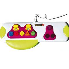 Un clavier spécialement étudié : de grosses touches colorées pour découvrir les formes, les couleurs, les premiers nombres, les objets familiers, les sons, la musique… et exprimer ses émotions.  Un apprentissage progressif : pour commencer, on appuie sur les touches au hasard et produit des effets amusants à l'écran. Puis les actions deviennent plus complexes, allant jusqu'à combiner la frappe au clavier et la manipulation de la souris