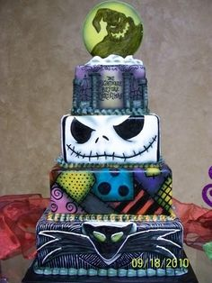 'Nightmare Before Christmas Cake' @cgirl1310 this would have been cool for your Christmas party last year!
