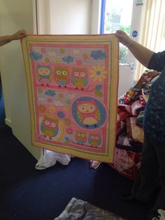 Brenda's cheery owl panel Children In Need, Quilt Making, Owl, Quilts, Blanket, Frame, Projects, Home Decor, Picture Frame