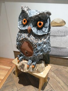 wood carving owl from woodcarving.sk