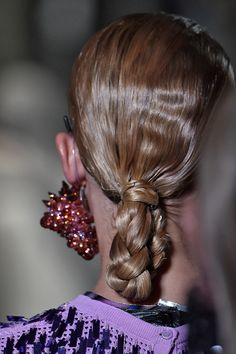 or Kenzo's spring 2017 runway show, hairstylist Anthony Turner tucked the low braid into itself to make a little loop. The sleek style is simple in the front—to show off your glitzy baubles—but head-turning in the back. Straight Hairstyles, Cool Hairstyles, Eyeliner Flick, Holiday Hairstyles, Beautiful Braids, Hair Images, Perfect Curls, French Braid, Bad Hair Day