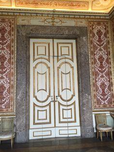 Portas e portões...