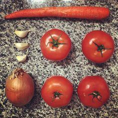 Homemade pasta sauce, brought to you by @thugkitchen, @wholefoodsmarket, @vitamix and yours truly #yum #dinner #pasta #marinara #tomatoes #carrot #garlic #onion #nom #vegan #vegansofig #veganfoodshare #veganlife #cookrealfood #eatrealfood #EatClean #eatmoreveggies #thingsorganizedneatly #wholefoods #thugkitchen #badass #vitamix #wednesdaynight #letsdothis #SkinnyintheNYC #skinnyinthecity #comfortfood #recipe
