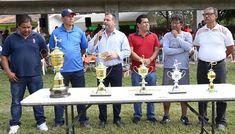 Premia Andrés a Campeones del Torneo Interdependencias
