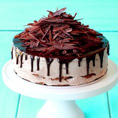 When it's too hot to bake, go for a mocha ice box cake! cakes No Bake Mocha Ice Box Cake Easy Desserts, Delicious Desserts, Dessert Recipes, Yummy Food, Icebox Cake Recipes, Tasty, Cake Cookies, Cupcake Cakes, Mocha Cake
