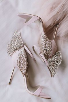 Melbourne Rooftop Wedding with a Paolo Sebastian Gown ⋆ Ruff.- Melbourne Rooftop Wedding with a Paolo Sebastian Gown ⋆ Ruffled - Paolo Sebastian, Bridal Heels, Wedding Heels, Chic Wedding, Elegant Wedding, Blush Bridal, Wedding Details, Pink Wedding Shoes, Light Wedding