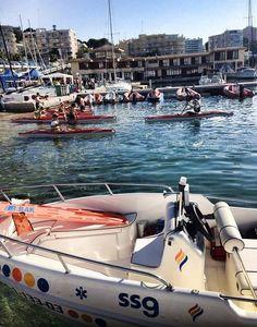 """Continuamos viendo unidades de nuestro compañero Toni Navarro, desde las Illes Balears. Las de hoy corresponden a eventos que su empresa """"Ambulancias SSG Baleares"""", realiza en el mar. En la seguna imágen está el TES Joan Vidal. Nos explica Toni que la lancha es de intervención rápida, con material de SVA para atender """"in situ"""" en los triatlones, regatas de vela y vueltas a nado.  http://ambulanciasyemerg.blogspot.com.es/2014/11/fotografia-con-tu-unidad-o-equip.html"""