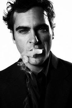 Joaquin Phoenix SO doesn't give a shit. I love him!