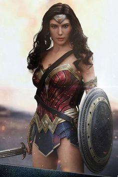 Gal Gadot as Wonder Woman Wonder Woman Art, Gal Gadot Wonder Woman, Wonder Woman Movie, Wonder Woman Cosplay, Wonder Women, Comics Girls, Dc Comics, Supergirl, Elfen Fantasy