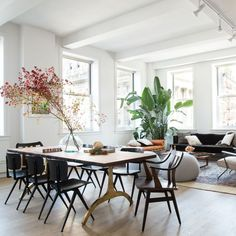 This is everything. {Home of @sweetgreen founders @jonnynemo + @nathanielru, #interiordesign by @noa_santos,  by @claireesparros via @homepolish}