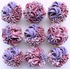 Purple Cupcakes, Fancy Cupcakes, Floral Cupcakes, Pretty Cupcakes, Beautiful Cupcakes, Wedding Cupcakes, Birthday Cupcakes, Cupcake Decorating Tips, Cake Decorating Designs