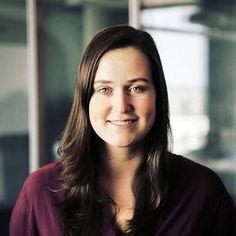 Julia, Auszubildende als Kauffrau für Büromanagement