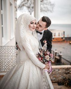 1026 Likes 2 Comments Bursa Düğün Fotoğrafçısı ( on Hijabi Wedding, Muslimah Wedding Dress, Muslim Wedding Dresses, Muslim Brides, Wedding Suits, Wedding Couples, Wedding Bride, Bride Groom, Wedding Gowns