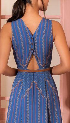 Vestido Curto Viagem Ao Oriente Azul | Antix Simple Dresses, Nice Dresses, Casual Dresses, Short Dresses, Fashion Dresses, Girls Dresses, Kurti Neck Designs, Blouse Designs, Indian Designer Outfits