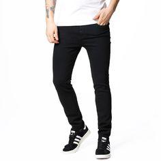 Jeans fra Dr Denim. - Slim fit. - Flere lommer.Materiale: 98% Bomuld, 2% Elastan.Modellen er 182 cm og er fotograferet i str 31/32.