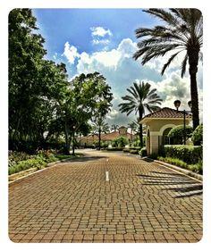 Grand Entrance, love where you live !