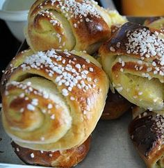 popular finnish food pulla, only picture, because those with recipe don't look so good.