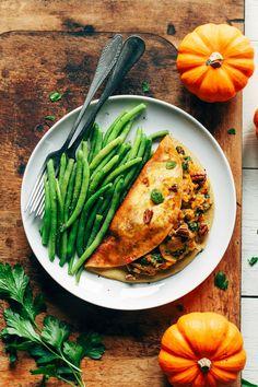 Vegan Maple Glazed Pumpkin Tofu Omelet recipe and other savory pumpkin recipes you can make all year round. Canned Pumpkin Recipes, Beef Recipes, Vegetarian Recipes, Vegan Meals, Fall Recipes, Pumpkin Risotto, Maple Glaze, Healthy Pumpkin, Easy Healthy Recipes