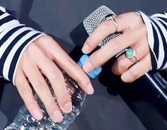 taehyungs hands (@taehands) | Twitter