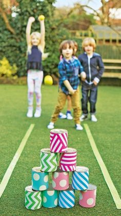 Easy DIY Backyard Games that kids will Enjoy for Sure You can put together this giant DIY bubble wand in less than 15 minutes. Fun for the whole family. Monster bowling game using recycled and painted tin cans Easter Outdoor Games, Easter Party Games, Easter Games For Kids, Outdoor Games For Kids, Games For Teens, Birthday Games, Adult Games, Diy For Kids, Outdoor Bowling