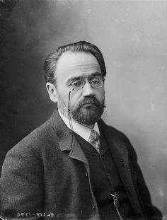 Émile Zola by Nadar 1885