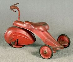 *ART DECO TRICYCLE~ swept-style fender on front wheel, probably original red-painted surface, scattered light rust, lacking one rubber pedal mount and hand grips, 16 x 16 x Antique Toys, Vintage Toys, Vintage Antiques, Vintage Art, Metal Toys, Tin Toys, Design Industrial, Ride On Toys, Pedal Cars