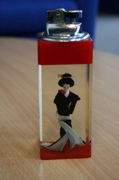 Vintage 1950s Hilton Table Lighter Glass With Geisha Girl