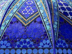 Geometría de azules. | Matemolivares