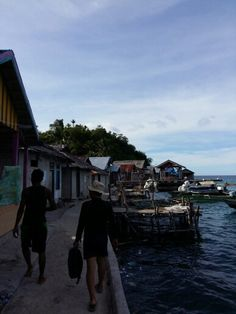 Visiting Bajo peoples