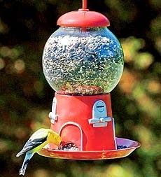 fleaChic: gumball machine bird feeder