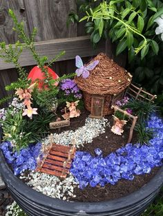 52 beautiful and magical miniature fairy garden ideas # home decoration # ., , 52 beautiful and magical miniature fairy garden ideas # home decoration # # decorati Fairy Garden Pots, Indoor Fairy Gardens, Fairy Garden Houses, Gnome Garden, Miniature Fairy Gardens, Fairy Gardening, Garden Art, Corner Garden, Gardening Quotes