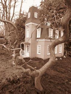 Haunted - G-Scale Garden Train Haunted House