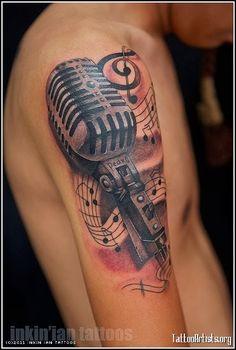 Pretty Music Tattoos On Shoulder For Guys photo - 1 tattoo mann vorlagen skull pretty tattoos Mic Tattoo, Microphone Tattoo, Tatoo Art, Tattoo Life, Trendy Tattoos, New Tattoos, Body Art Tattoos, Tattoos For Guys, Cool Tattoos