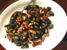 Sweetpea-Lifestyle: Balsamic Brown Sugar Brussels Sprouts