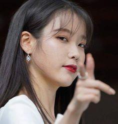 I Love Girls, Cool Girl, My Girl, Asian Short Hair, Blackpink Photos, Ulzzang Couple, Iu Fashion, Girl Bands, Korean Actresses