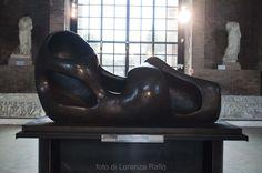 figura distesa henry moore roma