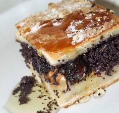 Prajitura cu mac Romanian Desserts, Croissant, I Foods, Tiramisu, Sweet Treats, Food And Drink, Ethnic Recipes, Cakes, Sweets