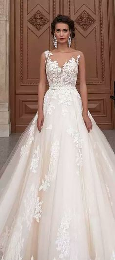 Salvo do artigo Belle the magazine http://bellethemagazine.com/wedding-dress-gallery#viewType=item&item=mj155&collection=madison-james-bridal-2015